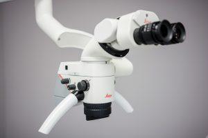 Specjalistyczny mikroskop do leczenia kanałowego