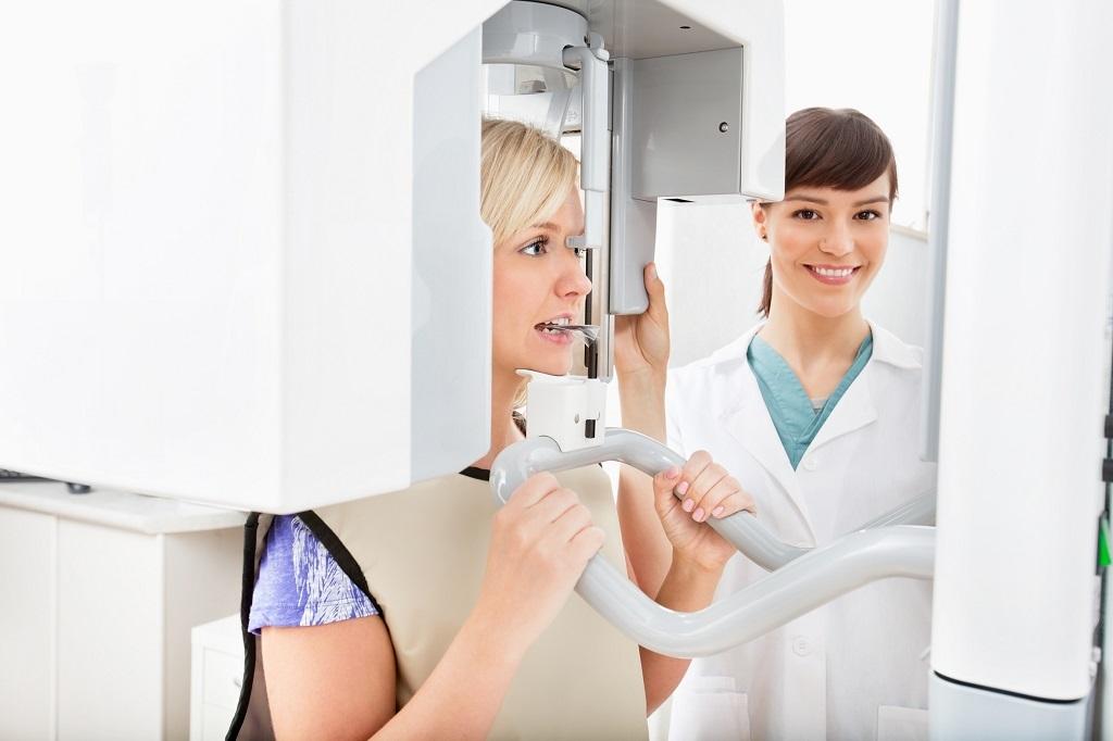 Robienie panoramicznego zdjęcia rtg zębów Białystok