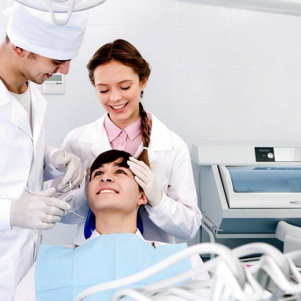 Wizyta kontrolna u dentysty Białystok