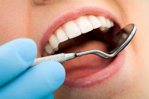 Chirurgia stomatologiczna a wybór znieczulenia