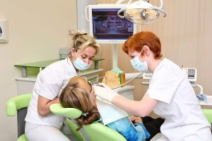 Postępowanie po usunięciu zęba