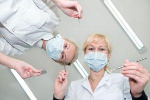 Zabieg u dobrego chirurga stomatologa Białystok